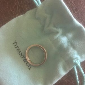 Tiffany and co platinum wedding band size 6.5
